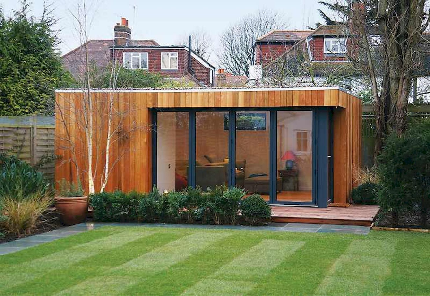 45 Smart And Creative Backyard Studio Shed Design Ideas