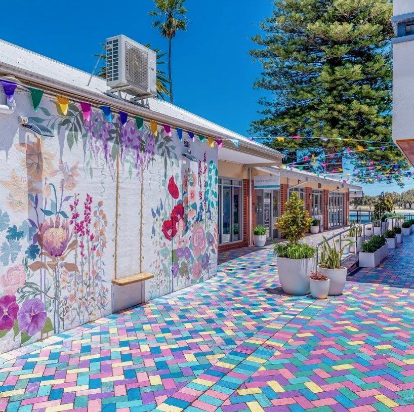 Spaced Out Placemakers On Instagram Tuckey Lane Is Doing Better Then Ever Huge Shouts To Montysrealty For Bringing The Mandurah Community Places Instagram