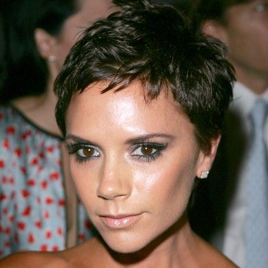Victoria Beckhams Hair History From Pob To Polished Spice Girls - Beckham's hairstyle history