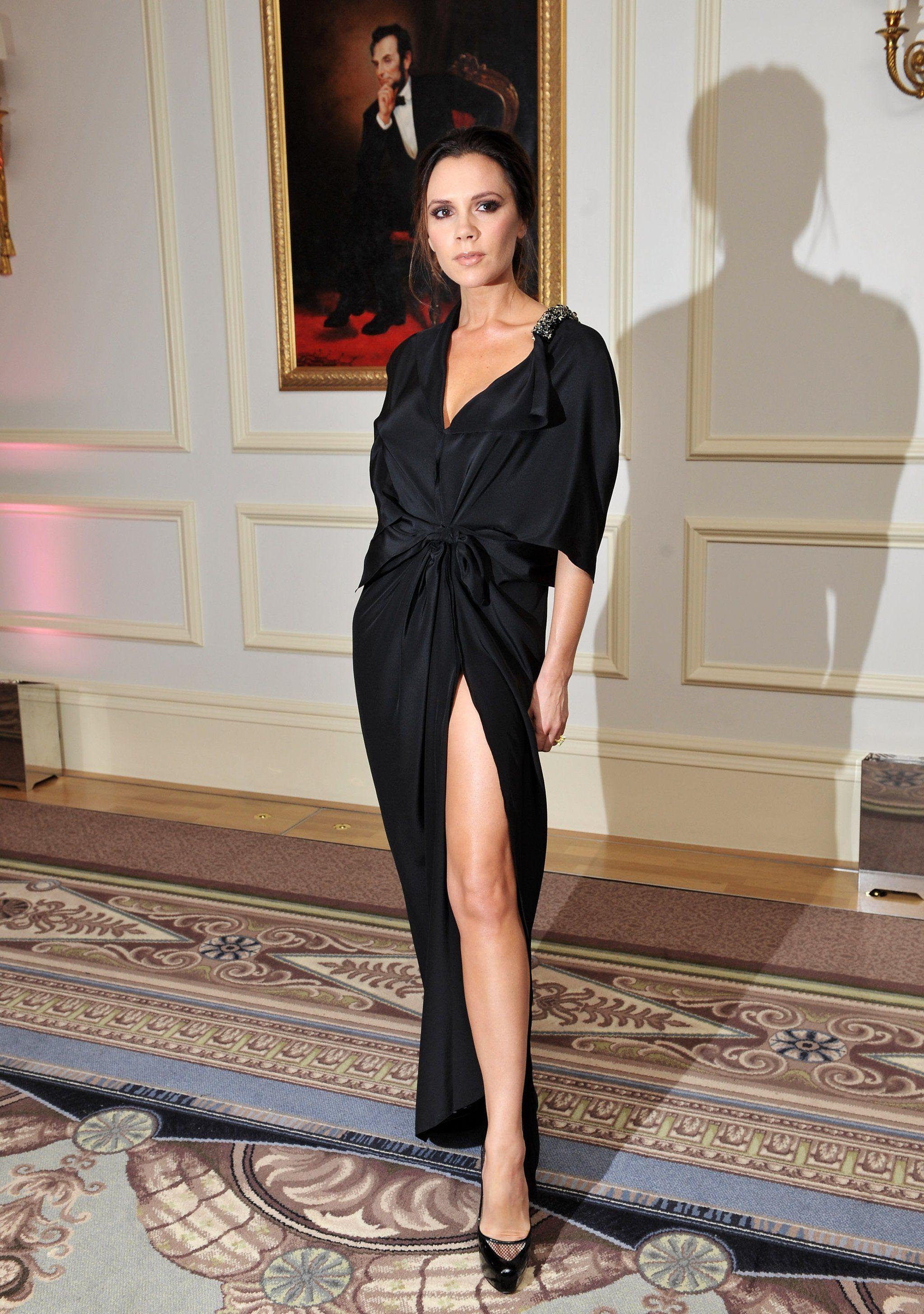 The Striking Transformation Of Victoria Beckham S Little Black Dress Celebrity Dresses Fashion Fashion Dresses [ 2910 x 2048 Pixel ]