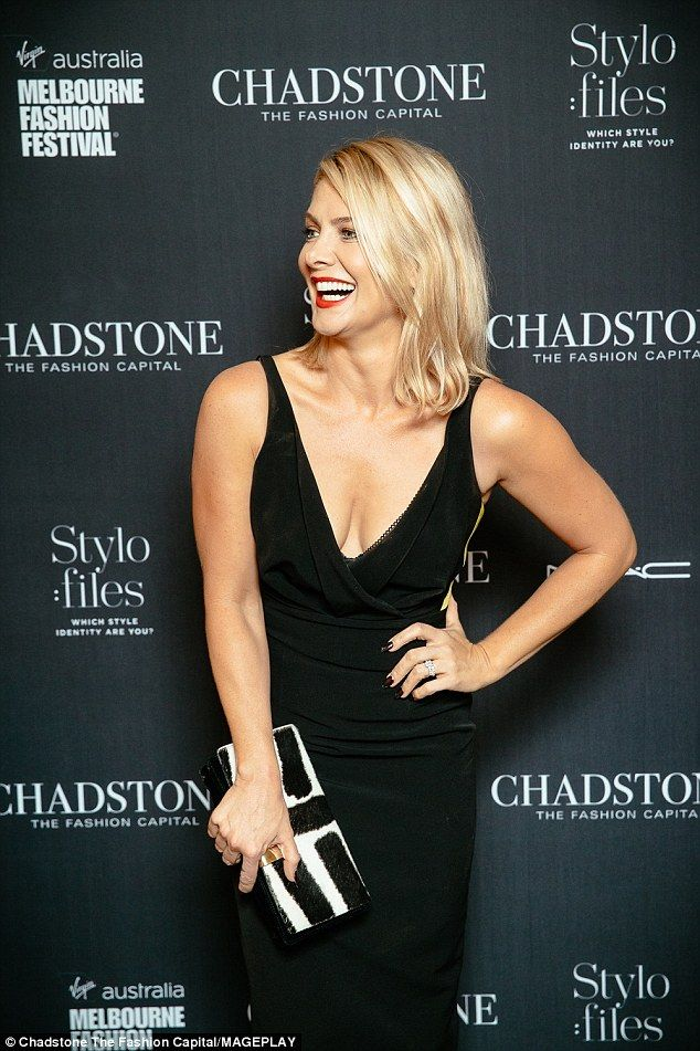 Natalie Bassingthwaighte dazzles in a gorgeous plunging gown ...