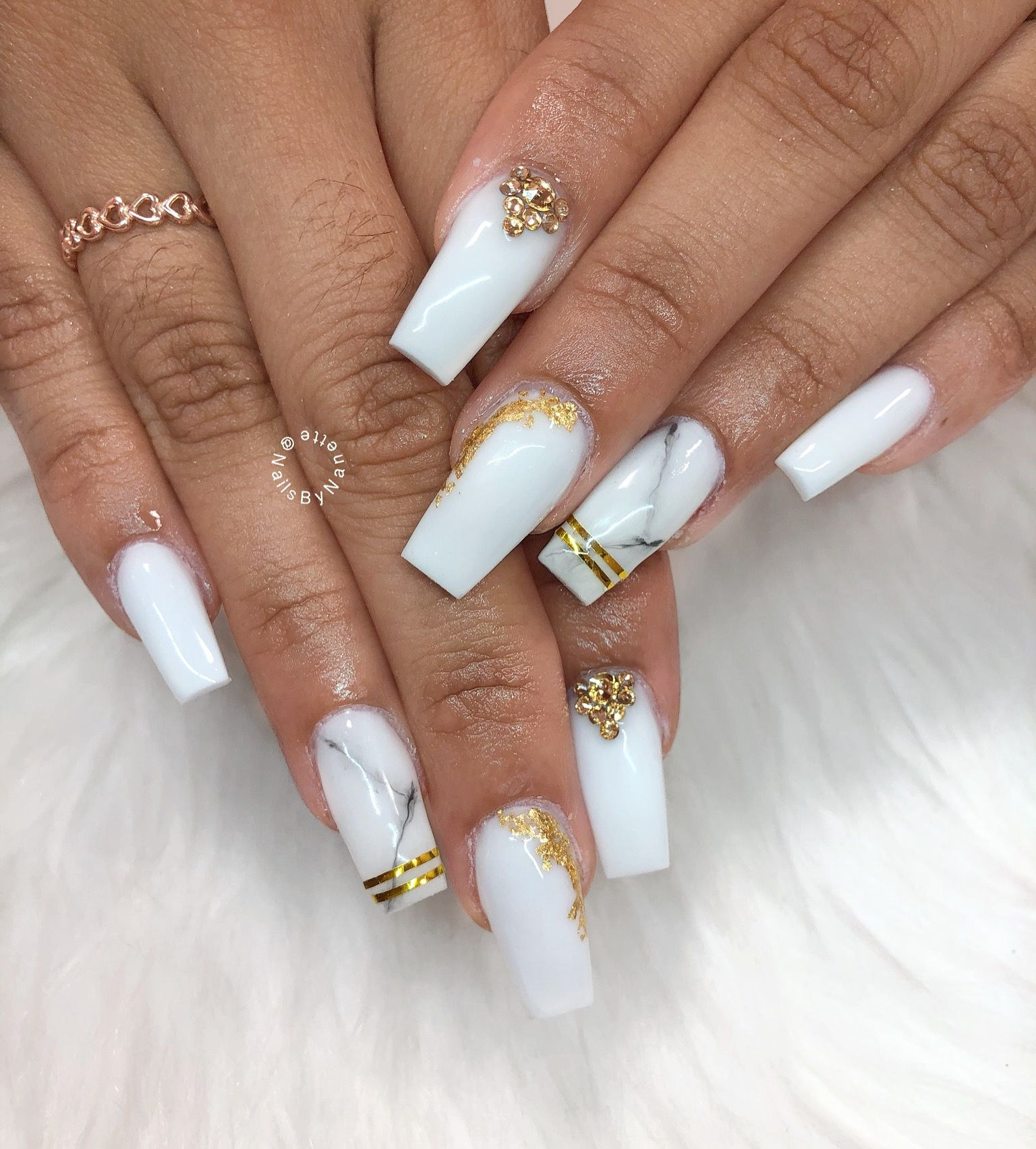 White Coffin Long Marble Nails With Gold Tape And Gold Foil Designs White Nails With Gold Gold Nails Gold Acrylic Nails