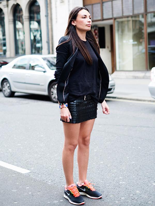 c33a416727999 Laetitia Paul - love! Sneakers Street StyleBlack ...