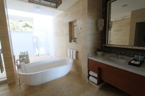 puerto rico's unobtainable bathtubs   favorite places & spaces