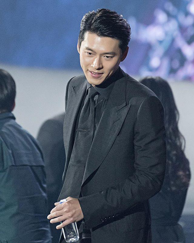 Hyun Bin Co Dung Instagram Khong