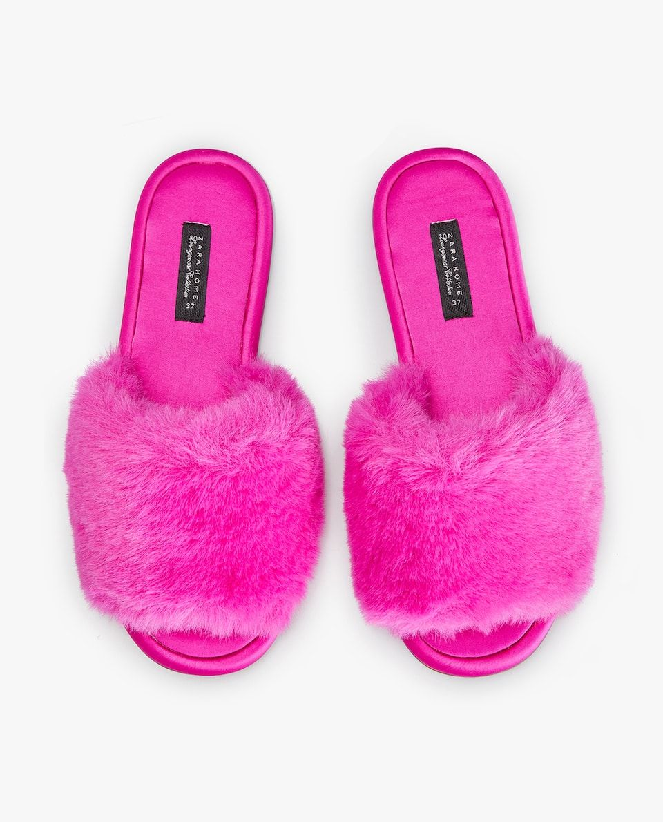 04296ca01a5 Image 2 of the product FURRY SLIDE SLIPPERS Fur Slides