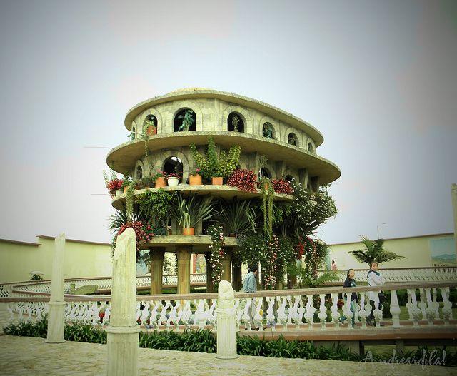 Te invitamos a conocer el parque tem tico jaime duque Hotel jardines de babilonia