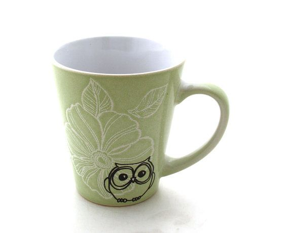 Owl mug teacher or graduation gift can be personalized par LennyMud,