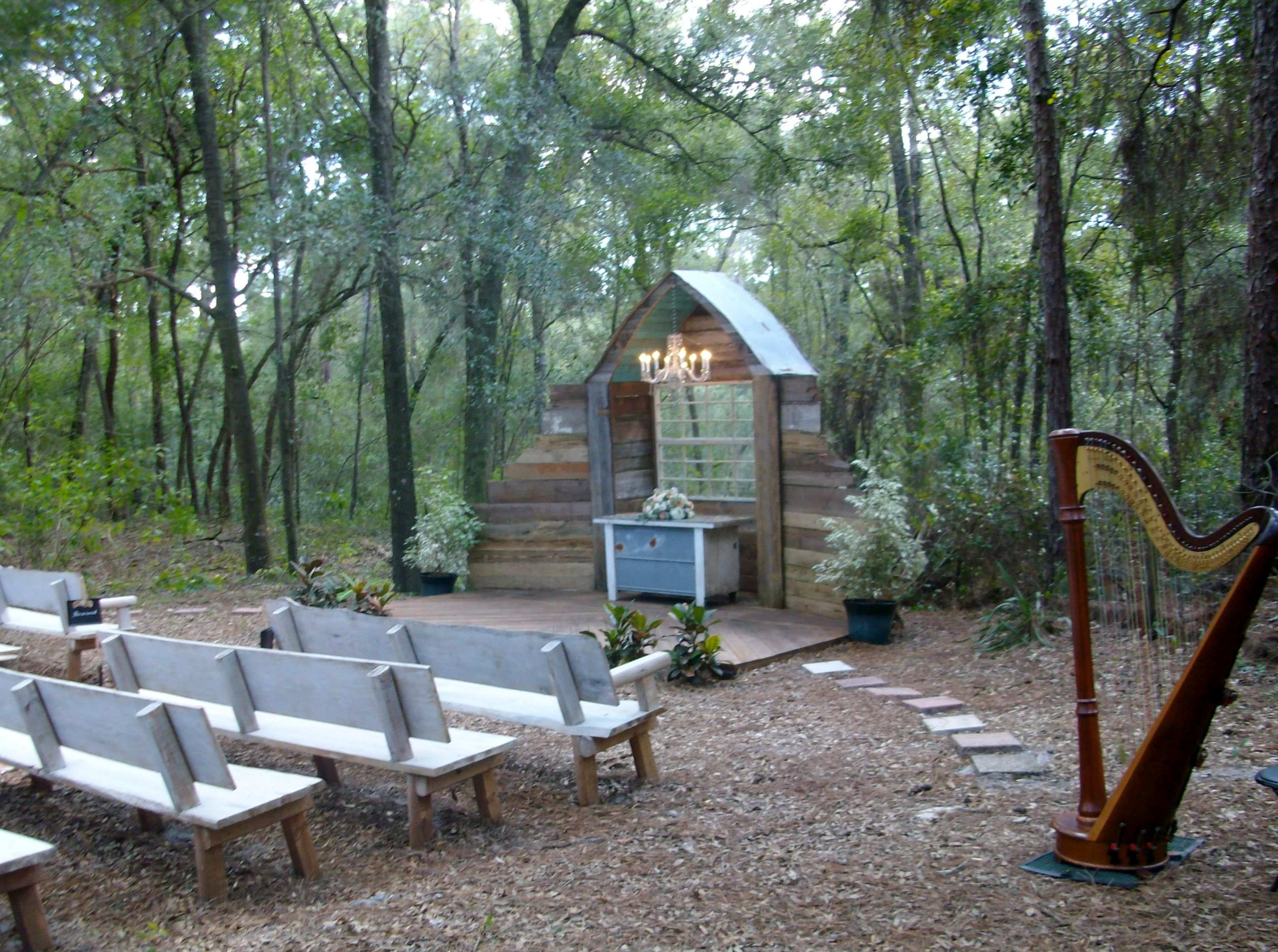 Bridle Oaks Barn in Deland is a natural rustic country ...