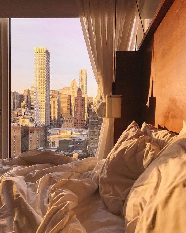 One Bedroom Apartments New York City: New York City Golden Hour