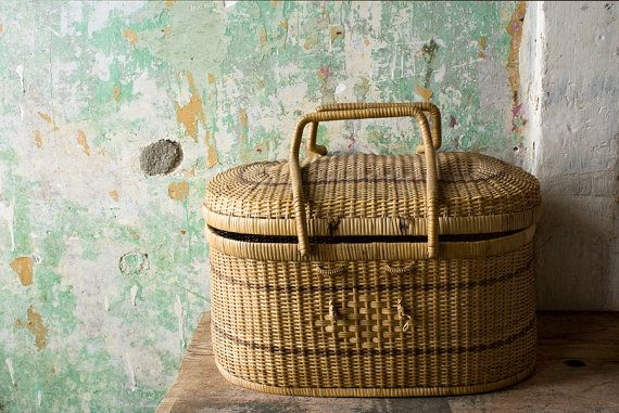 Vintage Picnic Basket, Rustic Home Decor, Made in Malaysia, Tribal ...