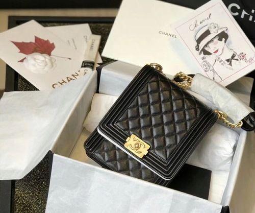 09df0902b2e4 Chanel 2019 BOY CHANEL Handbag AS0130 Black in 2019   Bags   Chanel ...