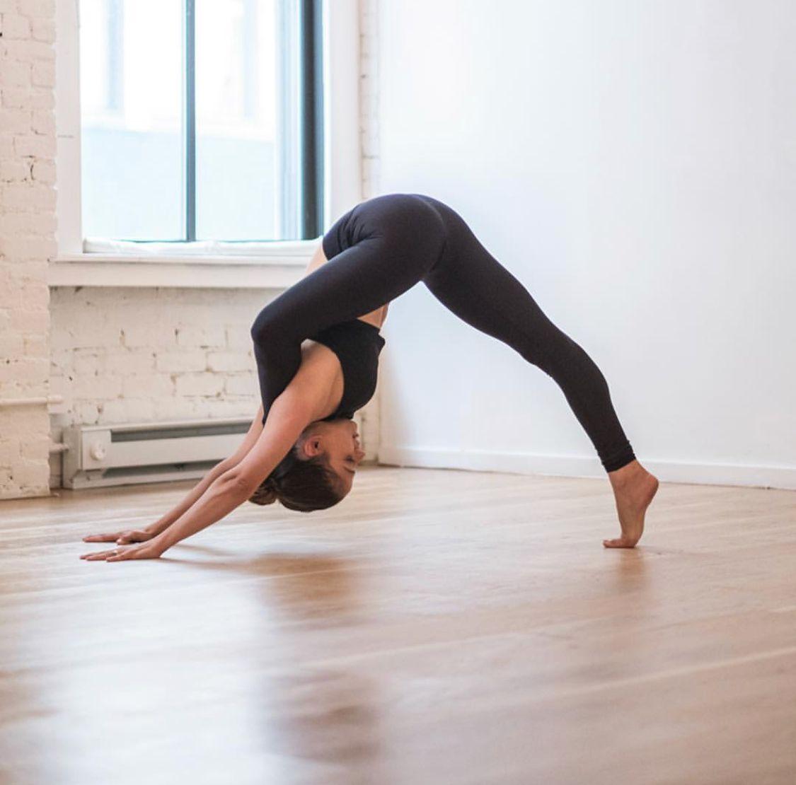 обиды, картинки легкие йоги с одним человеком них промазаны масляным
