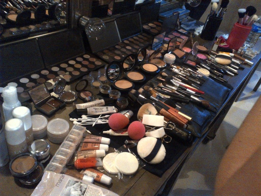 Kim K's makeup artist's collection to get her photo ready