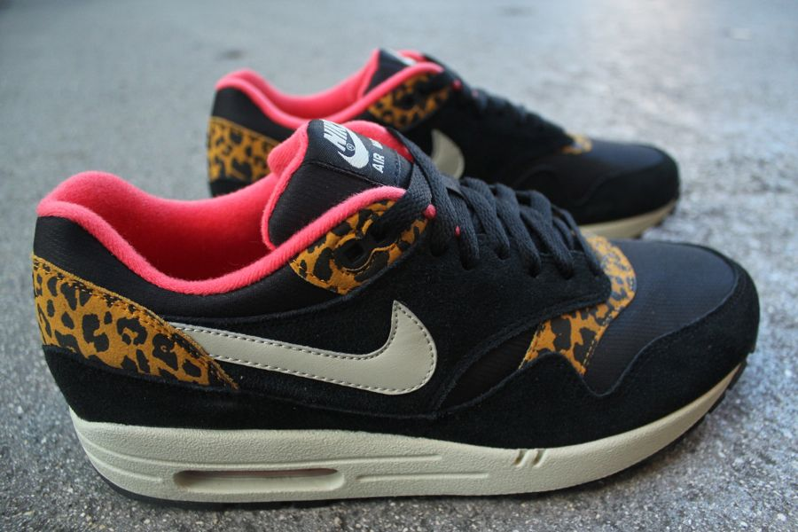 nike air max pink and leopard print