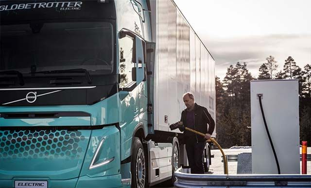 Volvo Trucks presents heavy-duty electric concept trucks for construction operations and regional t