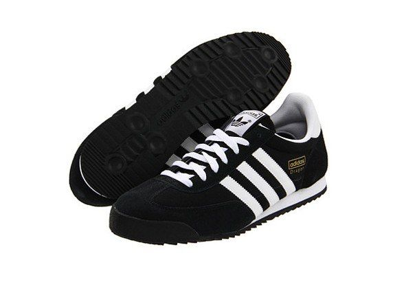 081b49971e3764 Seven Types Of Sneakers Worn By Fashion Insiders. ADIDAS originals ...