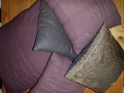 Gumtree Cushions Pillows For Bed Or Sofa Must Go X6 25 00 West End Qld 4101 View On Map Larger Image 1x Large Dark Purple 2x Medium Size