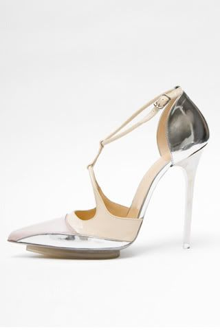 Ossidare gamma Data  Pin by Miss Krystal W. on Fashion Obsessed | Bridesmaid shoes, Shoes, Shoe  obsession