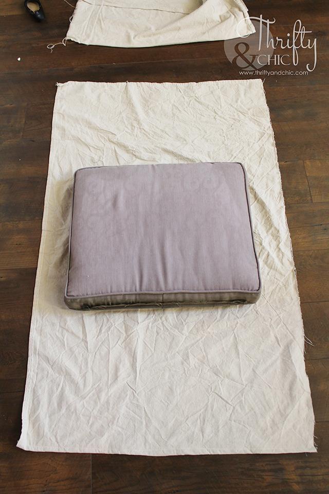 Diy Drop Cloth Patio Cushion Slipcovers In 2020 Terrassenmobel Kissen Gartenmobel Kissen Diy Terrasse