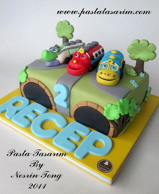 chuggington cake Cake Ideas Pinterest Chuggington cake Cake