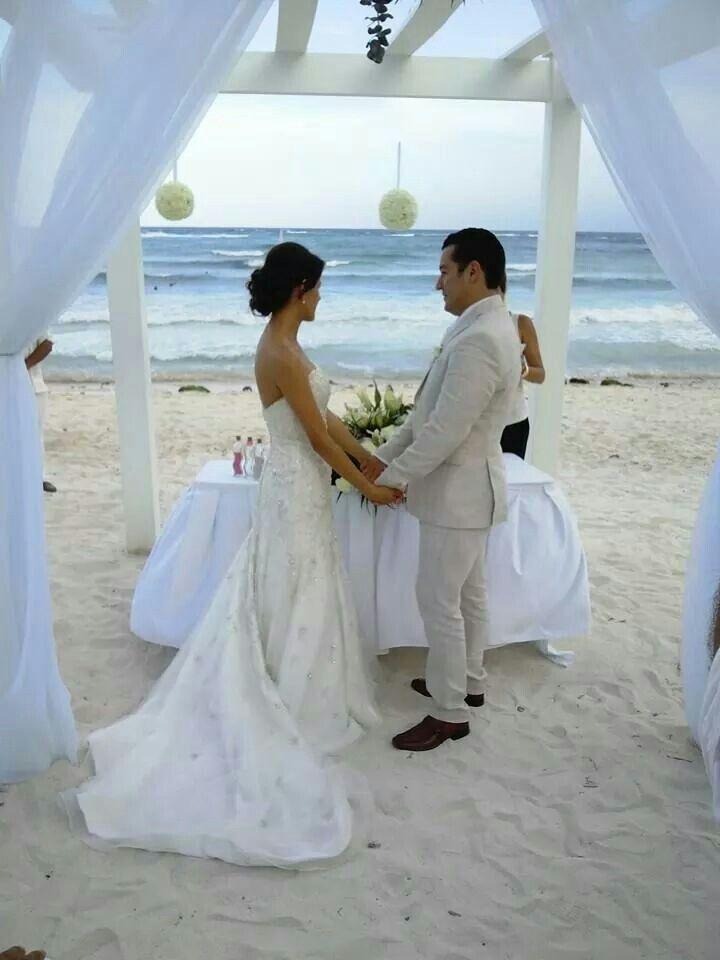 Our wedding. Grand Palladium Riviera Maya :)