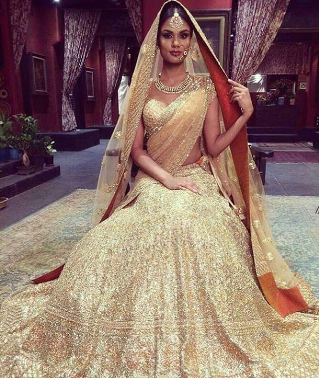 Pin by Arapana Sadeo on Bollywood Style   Pinterest   Desi, Indian ...