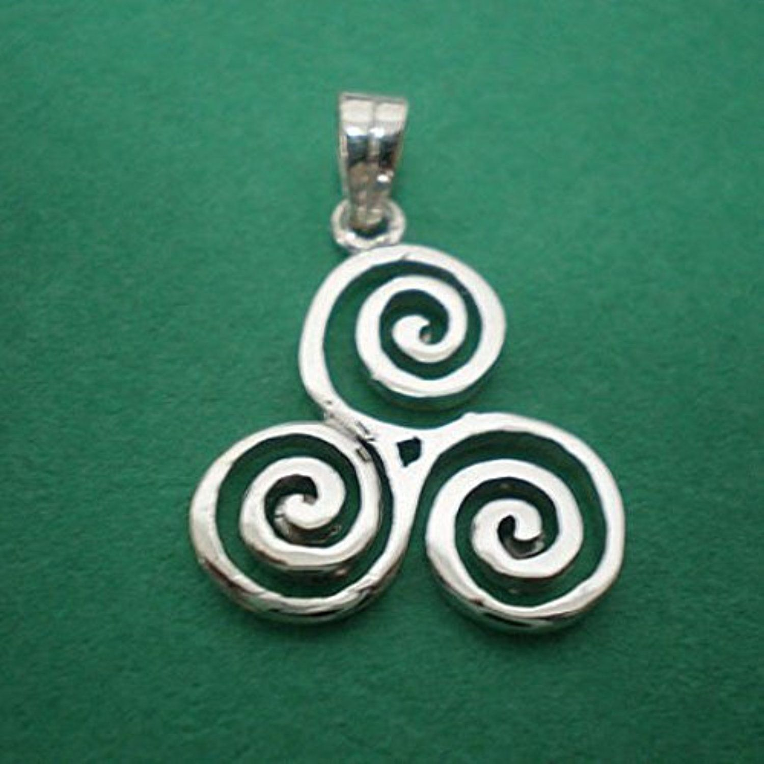 pendant pin triskele goddess pagan necklace choker jewellery spiral celtic silver sterling triple