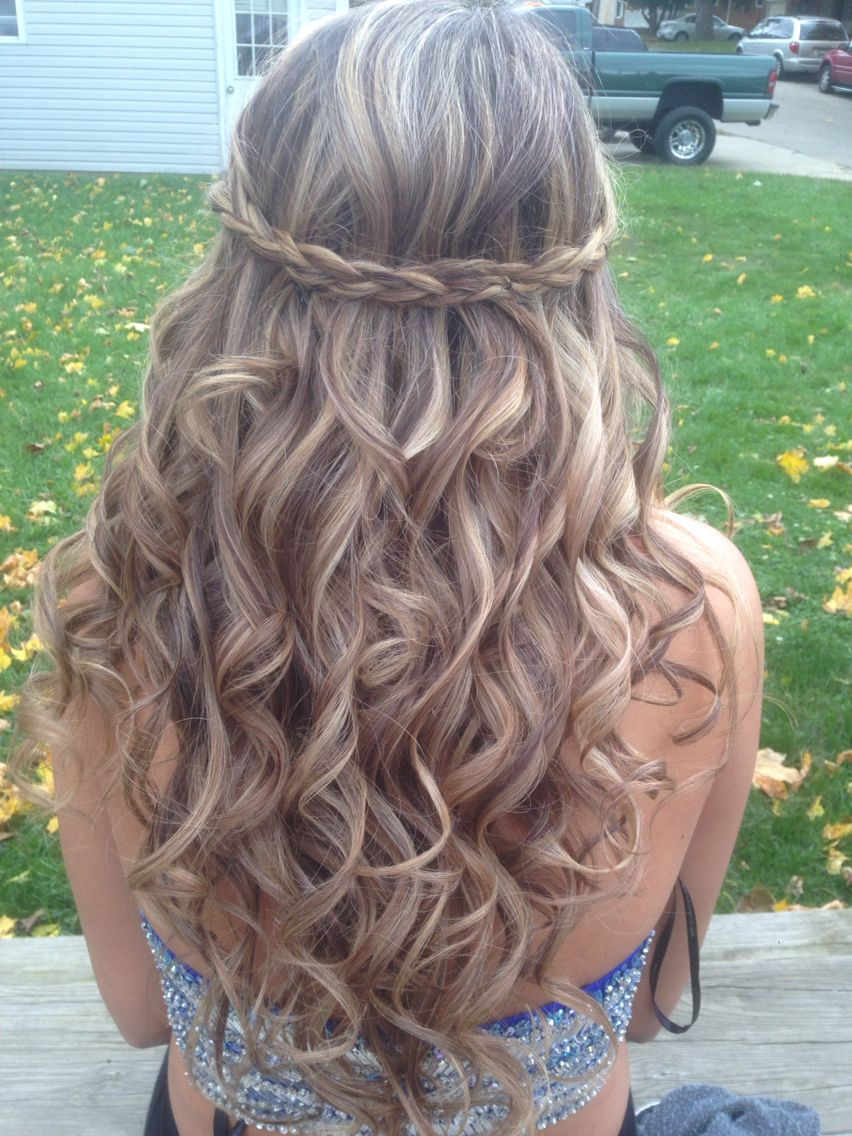 perfect homecoming curls and braid :) also did the highlight low