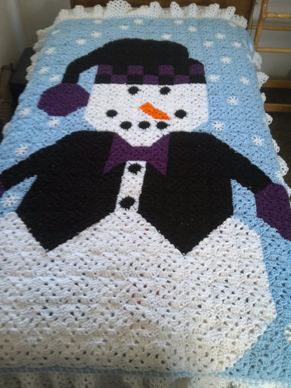 Check out this item in my Etsy shop https://www.etsy.com/listing/98715160/snowman-afghan