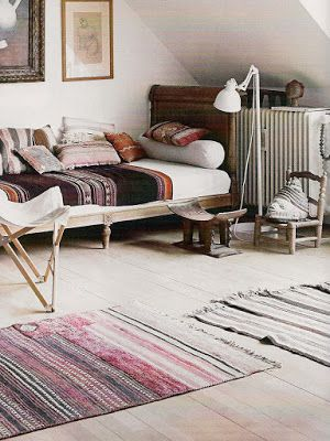 natural modern interiors: Eclectic Lounge Style :: Cushions & Rugs