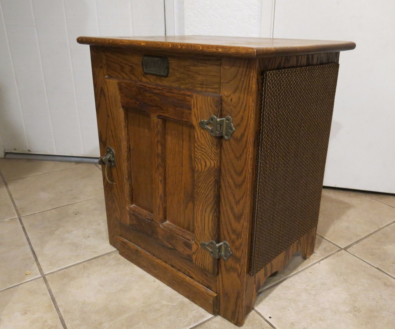 Icebox Jukebox Home Improvement Woodworking Stereo Console
