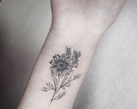 Daisy Flower Tat Sunflower Tattoos Daisy Flower Tattoos Wildflower Tattoo