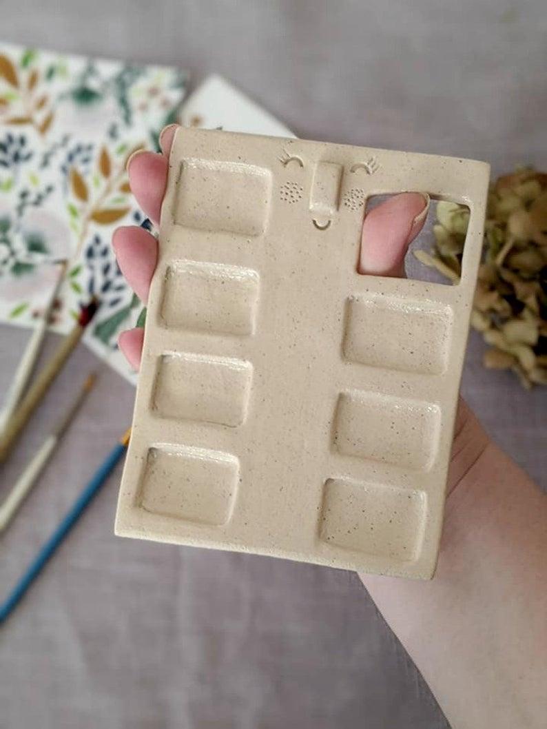7 Well Handmade Paint Palette Watercolour Palette Paint Mixing Tray Ceramic Paint Palette Artist Palette Art Gift Cute Ceramics In 2020 Handmade Paint Handmade Ceramics Handmade Pottery