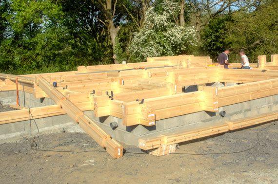Maison bois  deuxième rang de madriers Auto-construction - Self