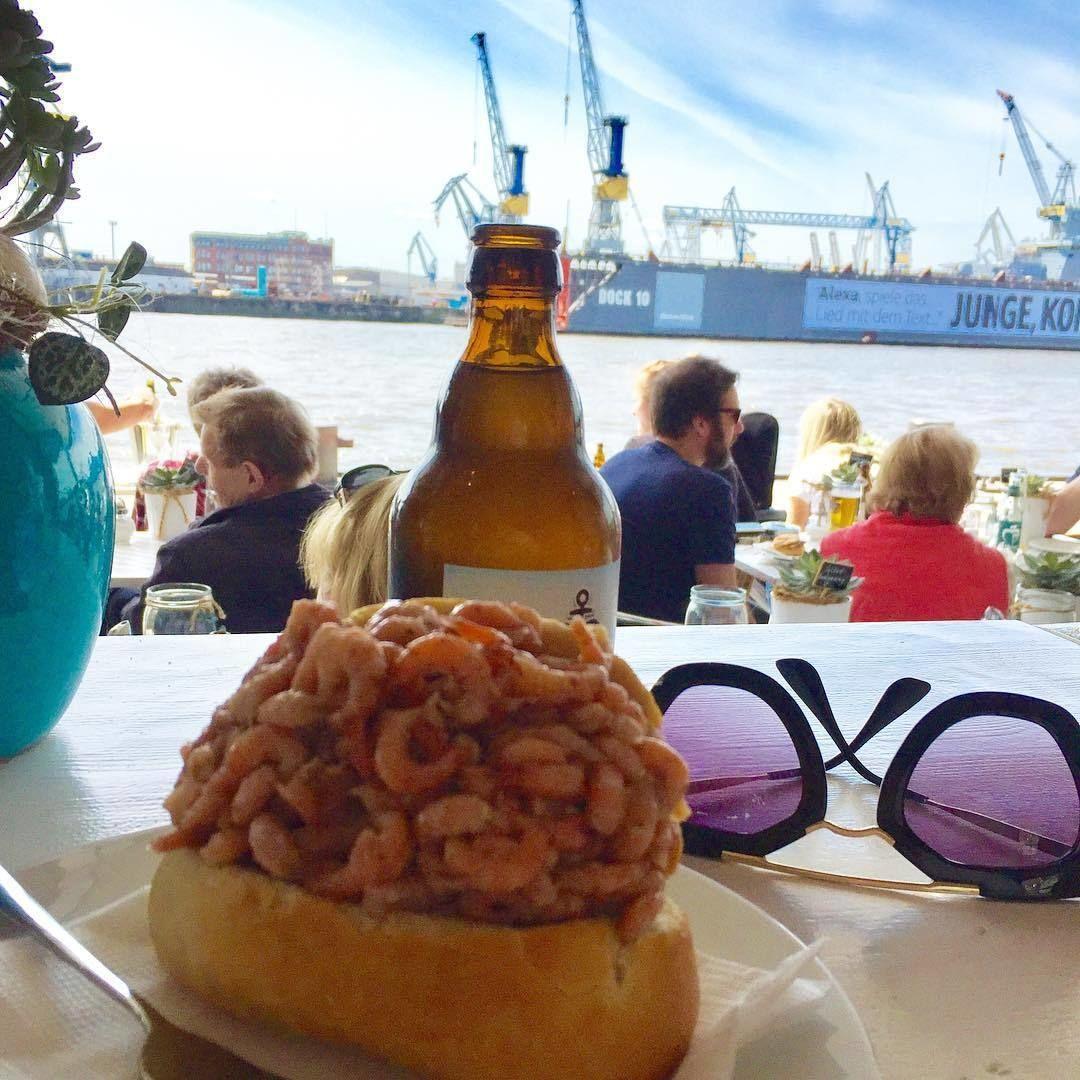 Retro Roller Tour Hamburg: Bei einem Krabben- oder ...