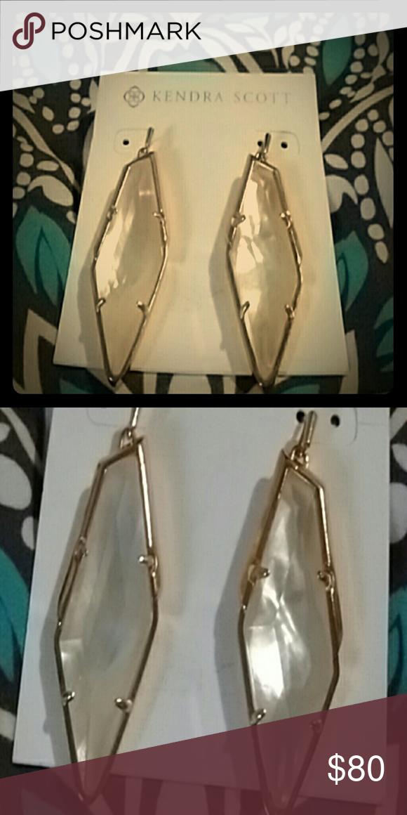 """NWOT Kendra Scott Bexley earrings 2"""" KS earrings. stunning Ivory mother of pearl set in rose gold Kendra Scott Jewelry Earrings"""