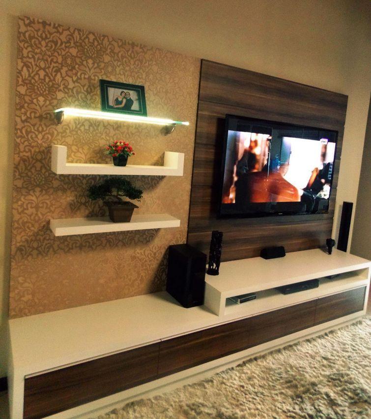 Rack Pra Sala Pequena ~ Sala pequena decorada com painel de tv, rack, prateleiras tapete