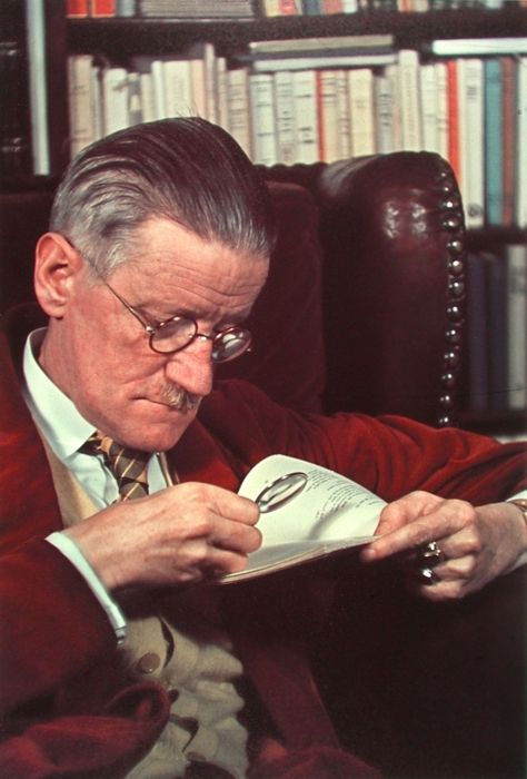 James Joyce reading (1939), by Gisèle Freund