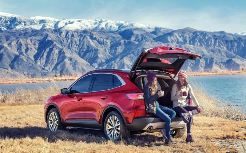 Ford Escape Titanium Hybrid 2020 Ford escape, Front view