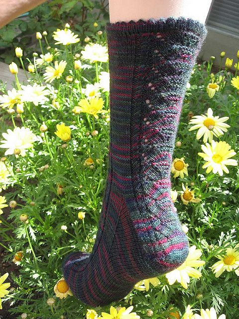 Water Lilies by bellybuttonknits