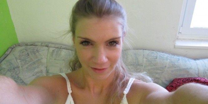 Madeleine (23) Sachen runter und knipsen