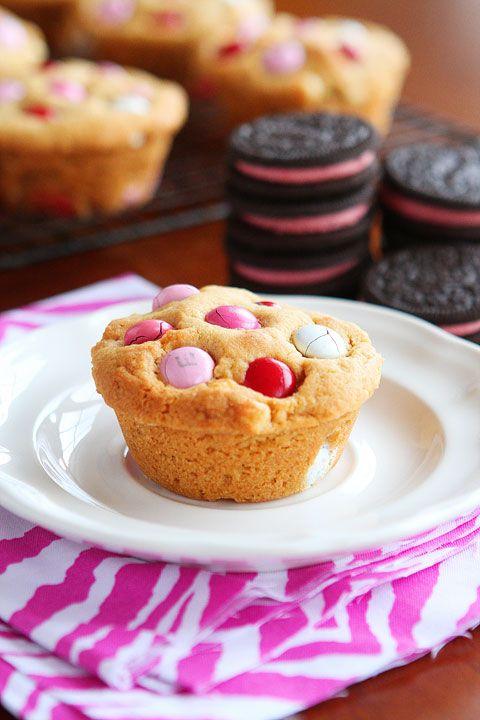 Marshmallow Oreo stuffed cookies
