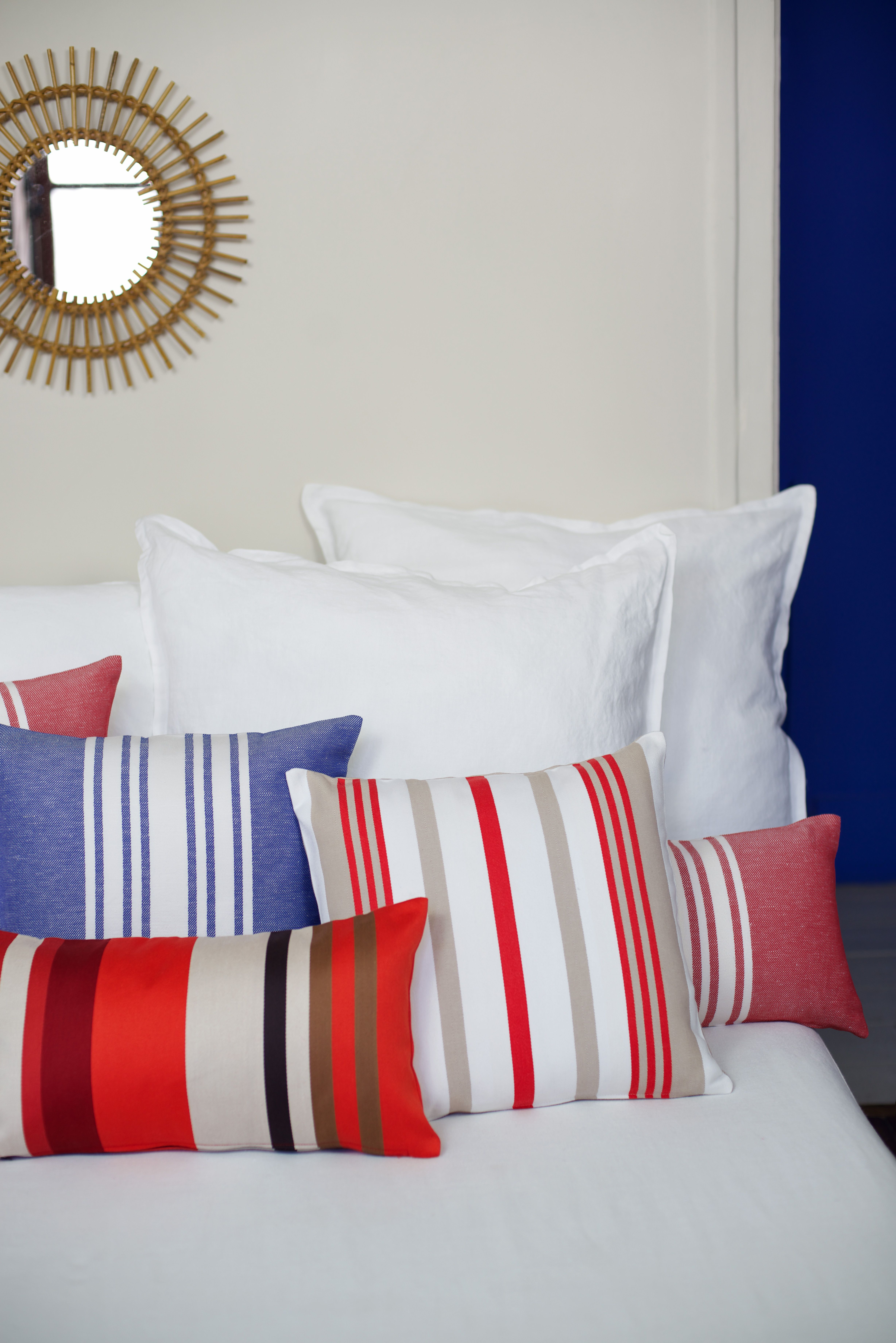 Coussins Coton Et Lin Jean Vier Cotton And Linen Cushions Jean Vier Housse De Coussin Draps De Luxe Idee De Decoration