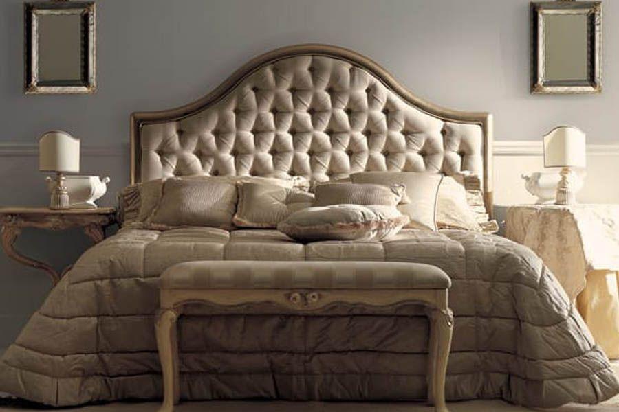 تصاميم ديكورات غرف نوم كلاسيك بتصاميم وديكورات فخمة Bedroom Decor Design Classic Bedroom Gold Bedroom Decor