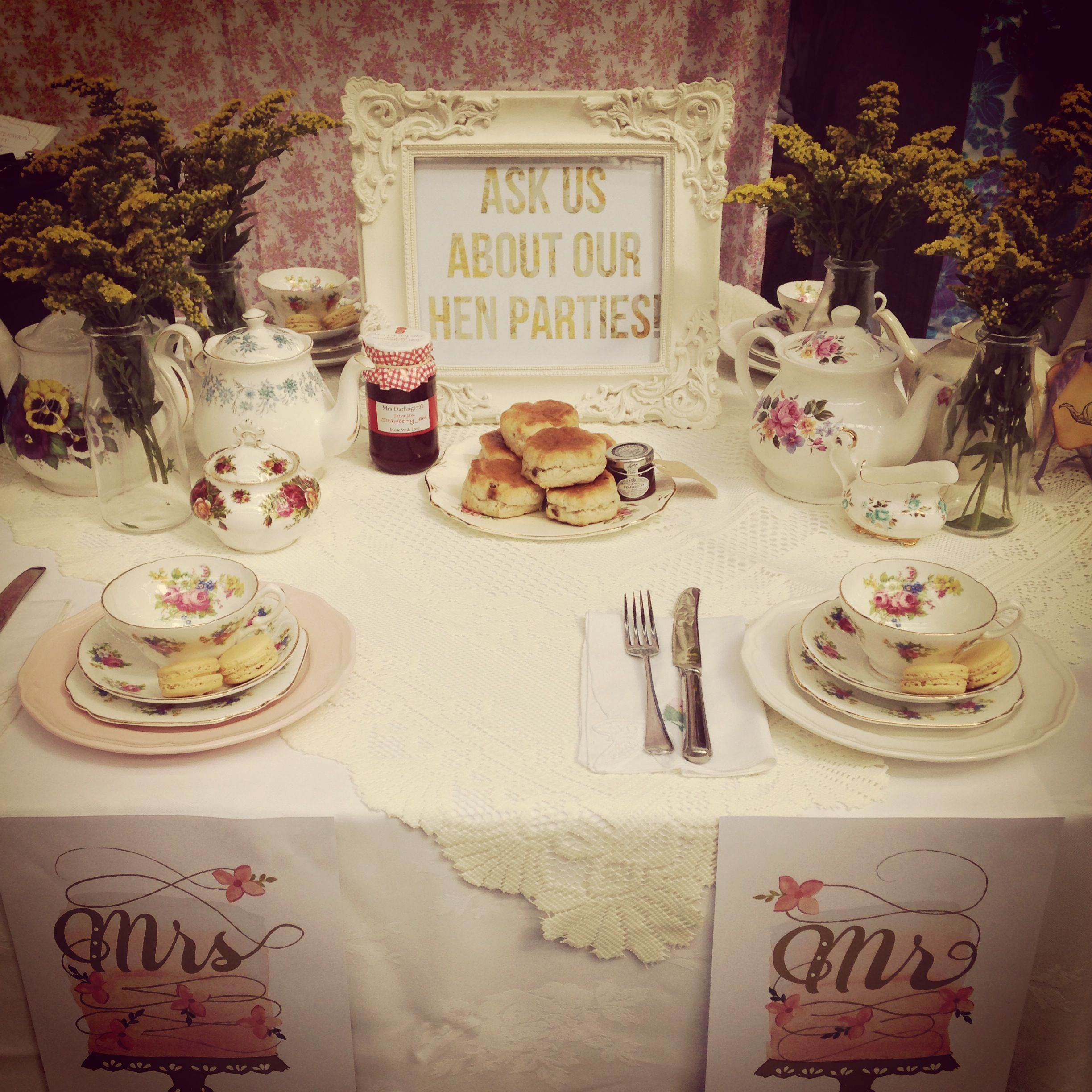 Our table setting at the Vintage wedding fair!