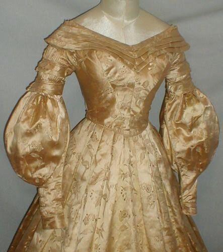 All The Pretty Dresses: 1830's Gold Brocade Dress   Historical dresses, Brocade  dresses, Gold brocade dress