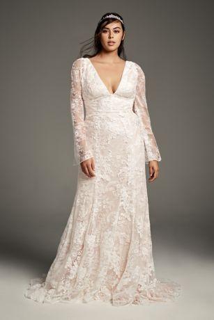 3c2e7880fe This romantic White by Vera Wang wedding dress offers a fresh take on Vera  s  modern aesthetic
