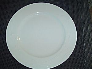 Mikasa Studio Nova Bamboo White Dinner Plates White Dinner
