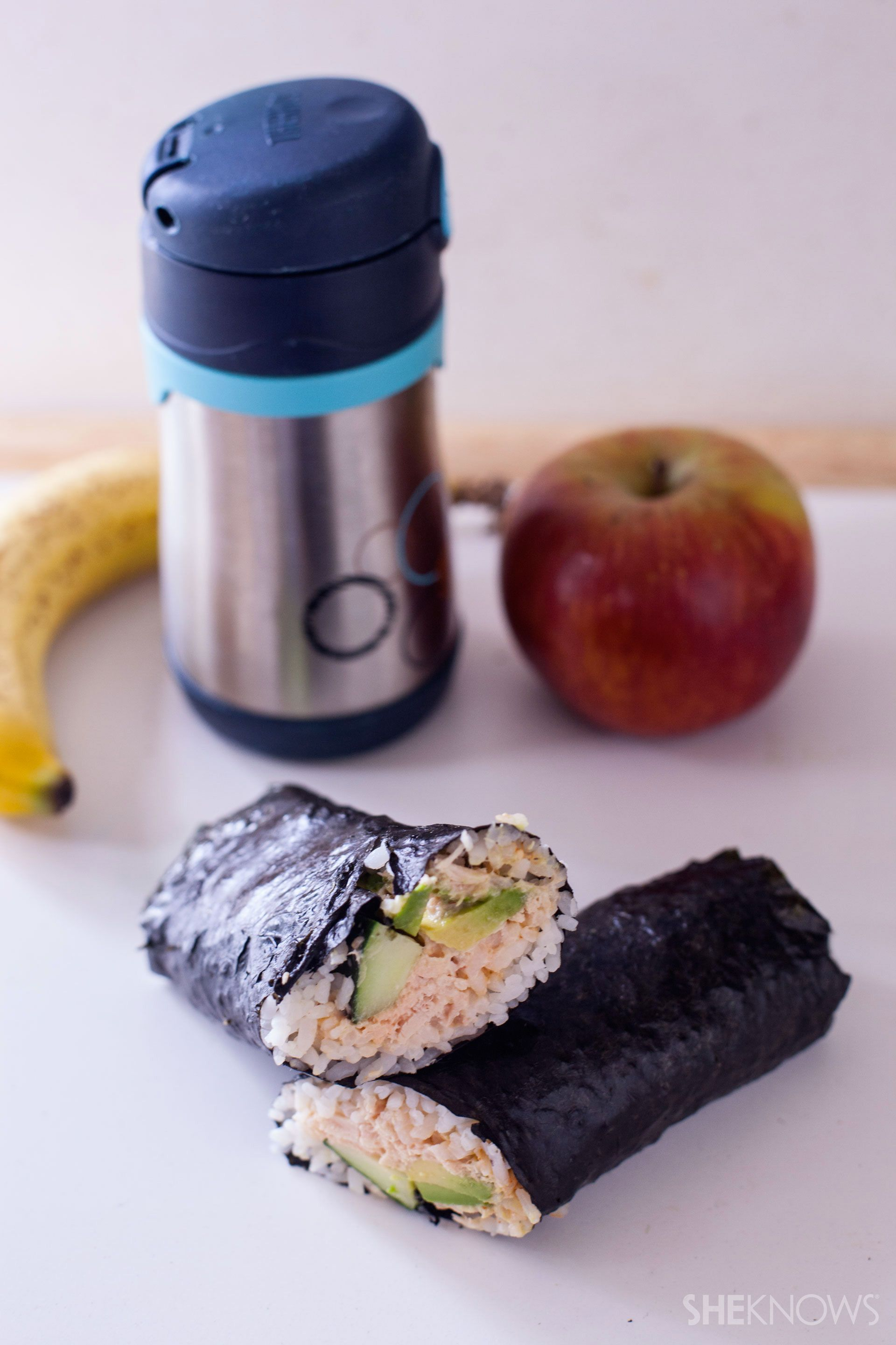 Your kids will love this DIY tuna and avocado sushi hand roll for an easy school lunch